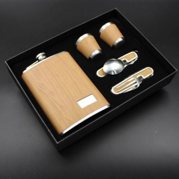 5pc Hip Flask Set