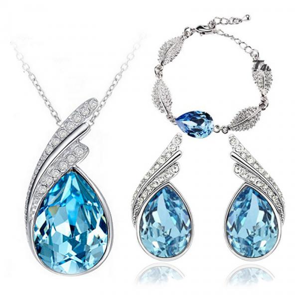 3pc Wing Rhinestone Jewelry Set